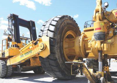 Cascade Tire Handler